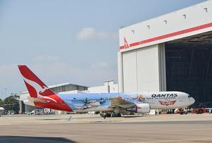 20130916planes_livery
